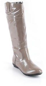 Wanted rain boots